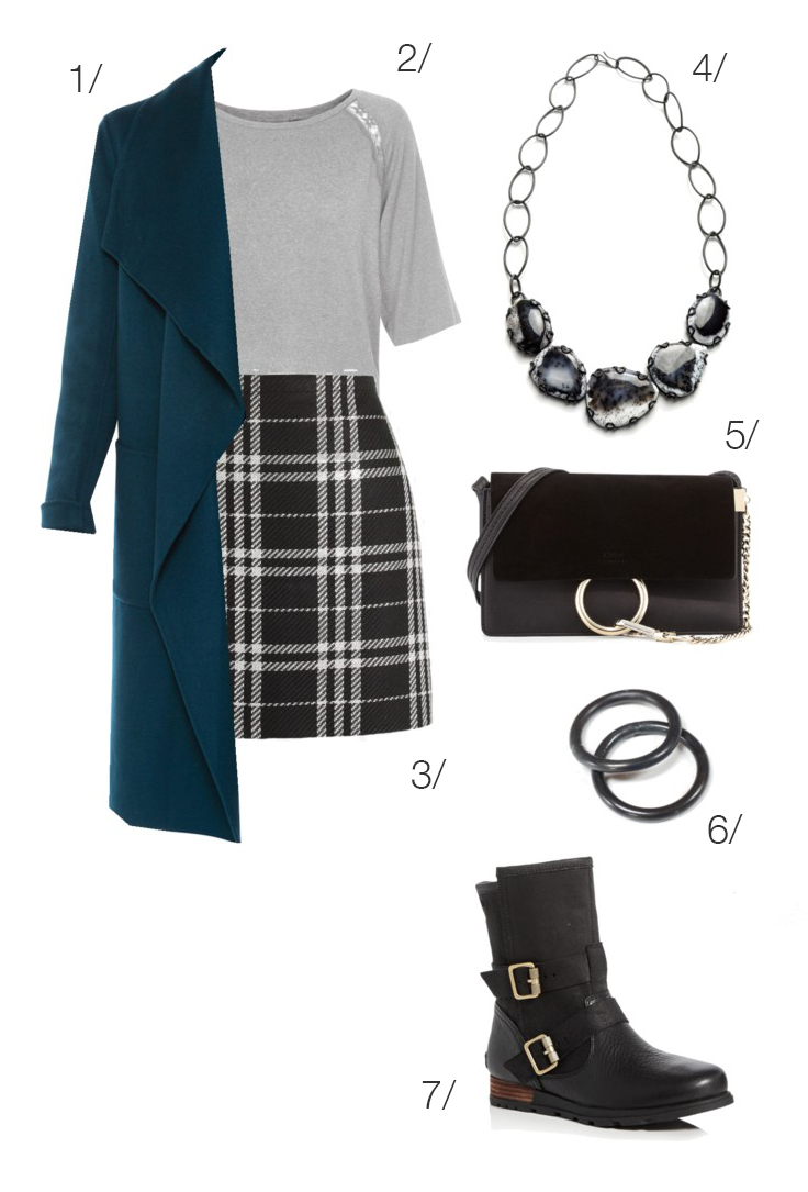 90s inspired holiday style: plaid skirt and moto boots // click through for outfit details