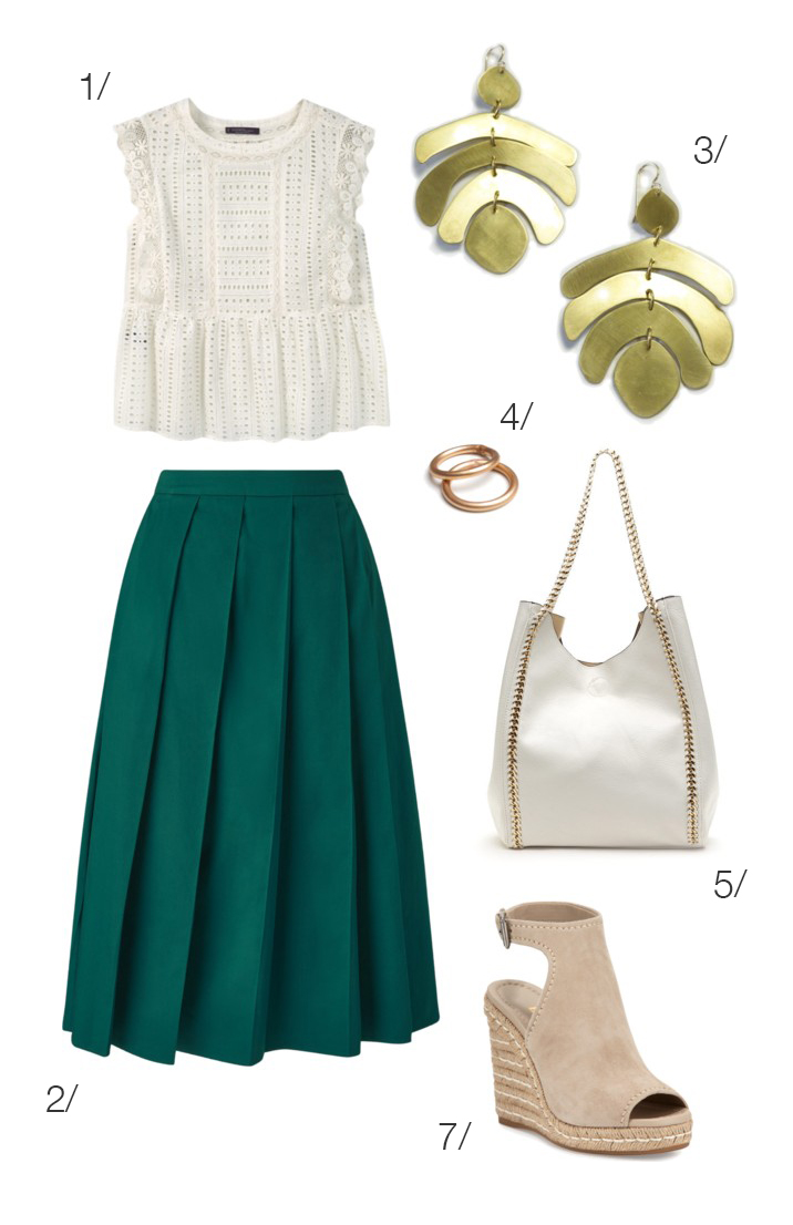 chic summer style: midi skirt and statement earrings // click through for outfit details
